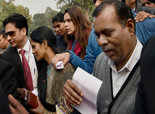 Gangrape victim's parents welcome passage of bill on juveniles