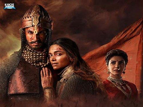 'Bajirao Mastani' is stupendous: Amitabh Bachchan
