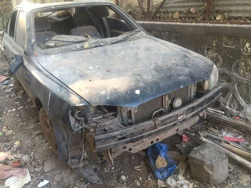 Hindu activists set afire Dawood's car in Ghaziabad