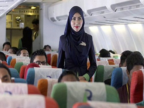 Ethnic Indian couple launches Malaysia's 1st Islamic airline