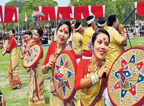Bihu caught in 'dress code', 'Hindi ban' diktats by ultras