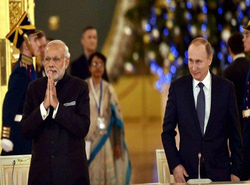Modi invites Russian industry to invest in India