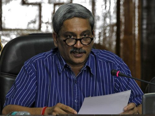 Parrikar dedicates North's first cable-stayed bridge in J&K