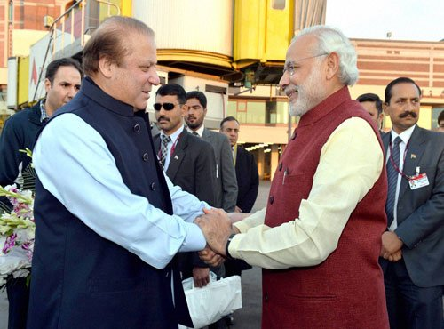 Modi leaves Lahore for Delhi after meeting Sharif