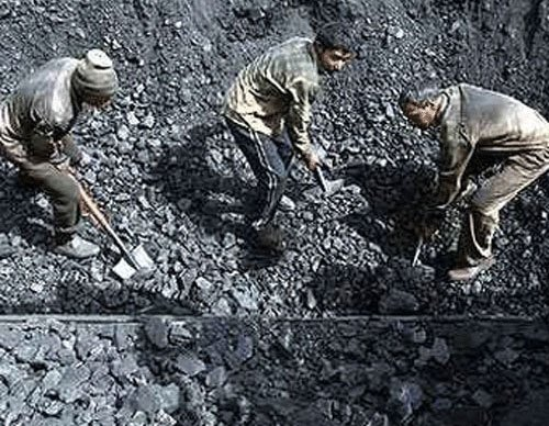 Power utilities owe Rs 8,279 cr to Coal India