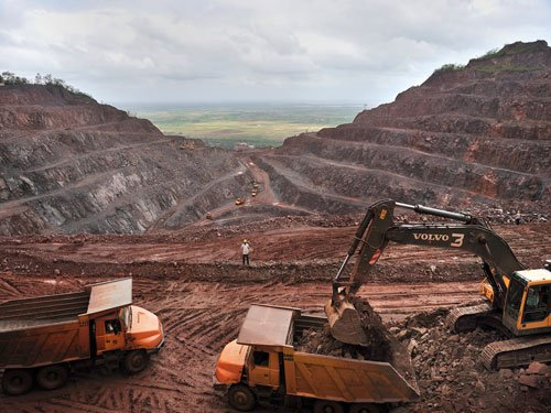 Despite government's efforts, mining sector still struggling to survive