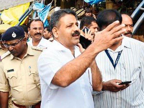 Mathai's report on advt dept irks Palike staffers
