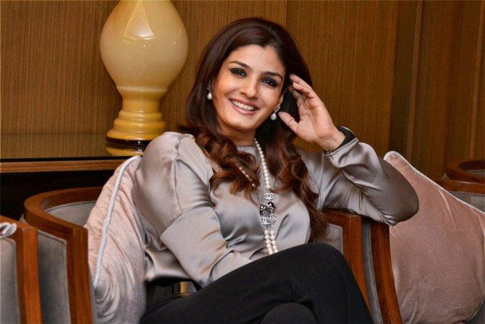 Raveena Tandon will surprise everyone with 'Shab': Onir