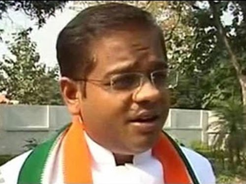 I was blackmailed before 'fixing' tape came out: Amit Jogi