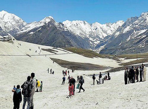 Efforts to save ecologically senstive Rohtang Pass