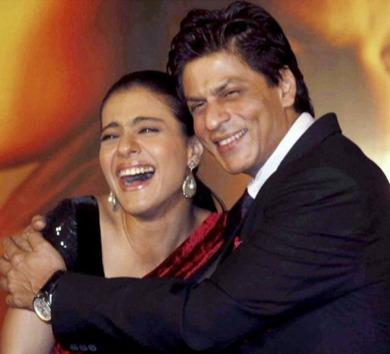SRK interested in 'mature love story' with Kajol
