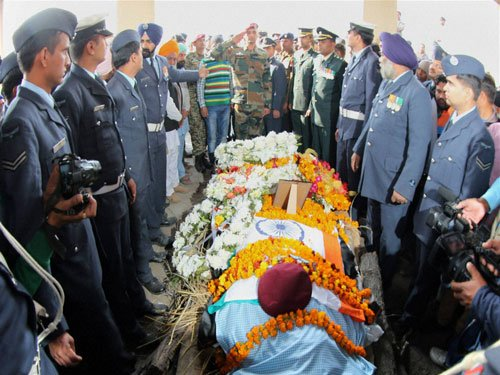 Pathankot attack: Himachal gives Rs.20 lakh each to two soldiers' kin
