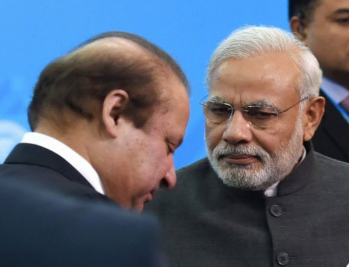 Modi talks tough, wants Sharif to act on terror