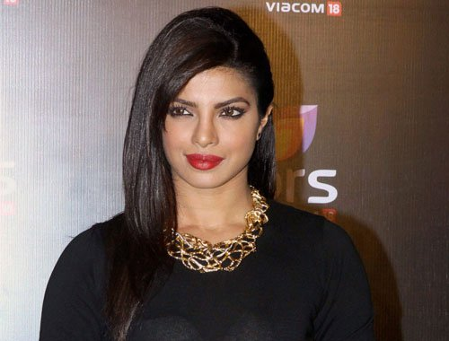Priyanka nervous about stint at People's Choice Awards