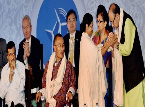 Jaitley and Kejriwal share stage at Bengal Business summit