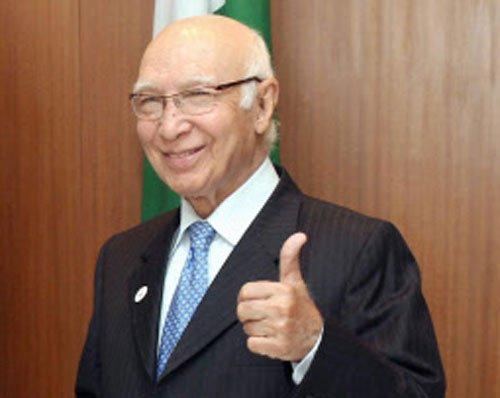 Pakistani, Indian foreign secretaries to meet on January 15: Aziz