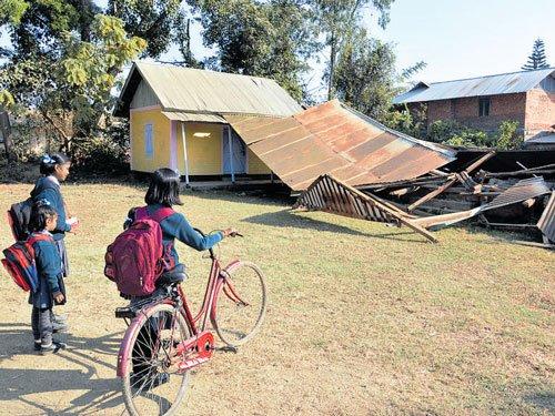 Jolted by quake, Manipur keeps schools shut