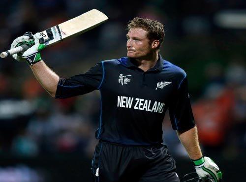 New Zealand thrash Sri Lanka with Guptill, Munro blitz