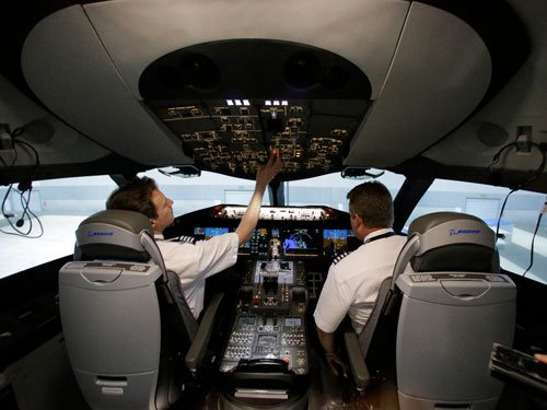 AI to hire over 500 type-rated pilots on contract basis