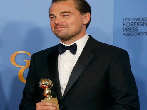 "Hat-trick for ""The Revenant"", DiCaprio best actor at Globes"