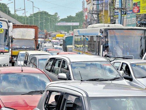 Corporate honchos want  govt to act on poor infra
