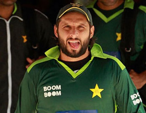 Without local currency, fan comes to Afridi's rescue in Auckland