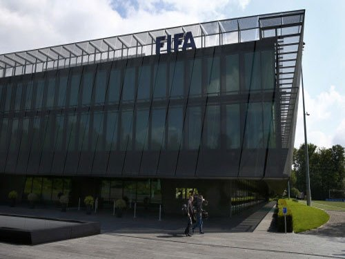 FIFA slaps transfer ban on Real & Atletico Madrid
