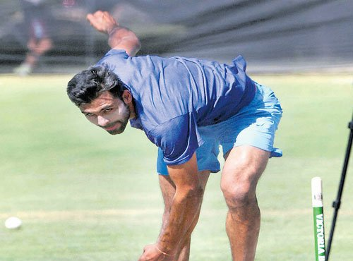 Indians look to stop Australian juggernaut in the 4th ODI