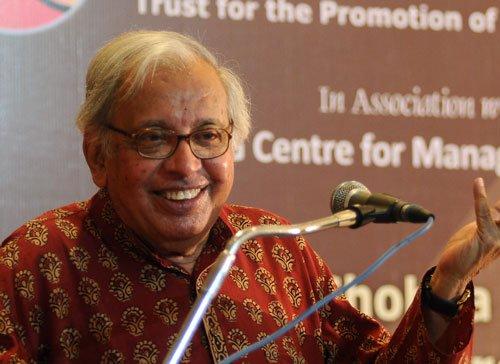 Poet Vajpeyi to return D Litt