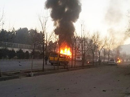 Suicide bomber kills four near Russian embassy in Kabul
