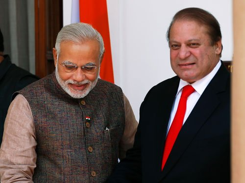 India, Pak keen to resume talks ahead of PM's trip