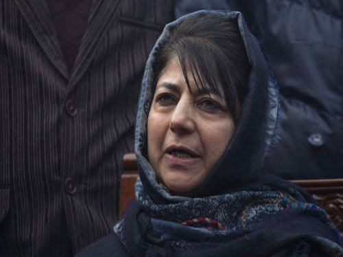 Mehbooba continues guessing game on govt formation in J-K