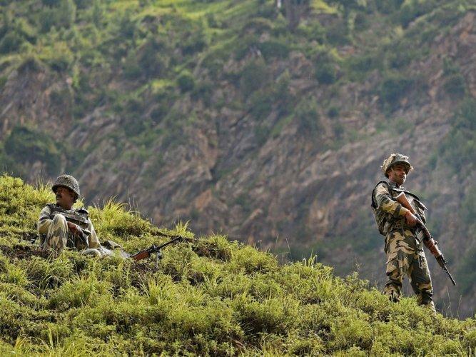 Intruder shot dead by BSF near Gurdaspur