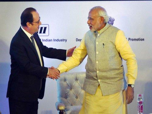 Rafale jet deal on right track: Hollande