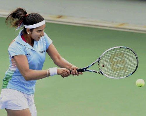 Sania, Bopanna enter quarters of doubles events