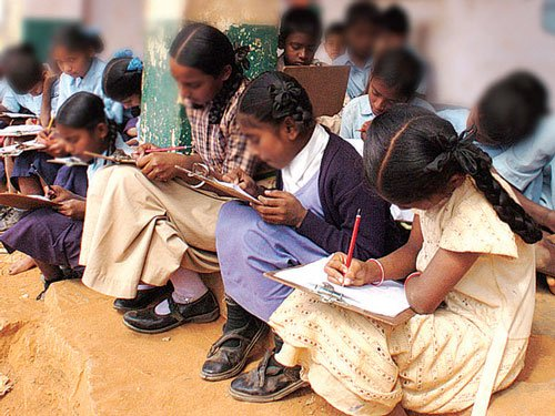 Parents await govt order on LKG, UKG admissions under RTE quota