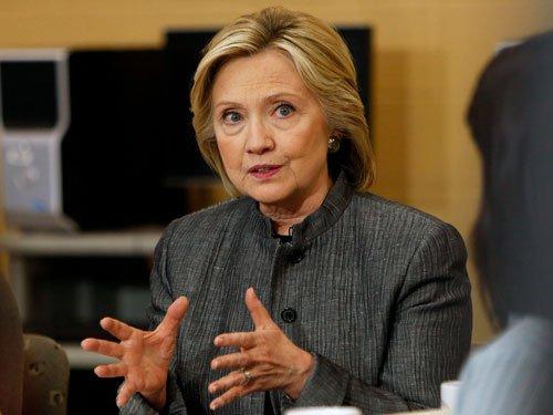 Obama virtually endorses Clinton as Democratic Prez nominee