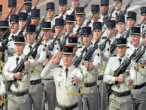 History made on Rajpath as French troops join in