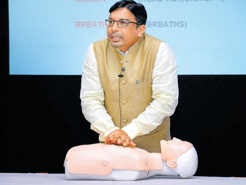 Most people unaware of cardiopulmonary resuscitation: Survey
