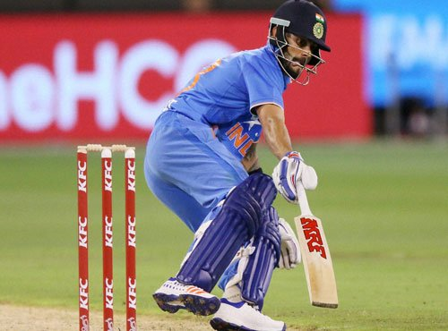 Kohli can bat at night without lights: Gavaskar