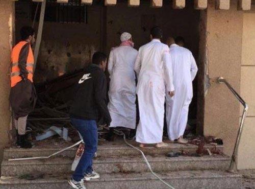 4 dead, 18 hurt in Saudi mosque bombing: state TV