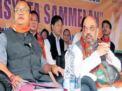 Our MLAs threatened, says BJP