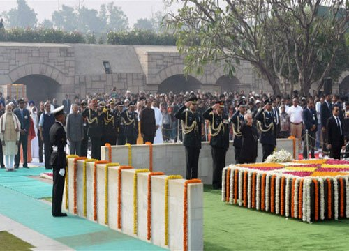 Nation remembers Mahatma Gandhi on his 68th death anniversary