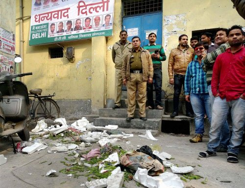 BJP workers join strike by sanitation workers
