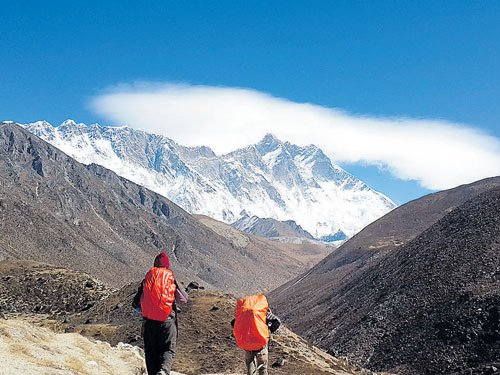 On road to Mt Everest
