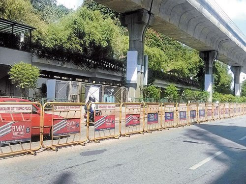 Vehicles banned on part of MG Road on Feb 14