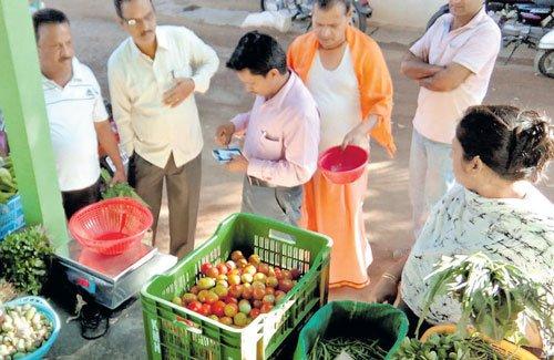 Vegetables through WhatsApp
