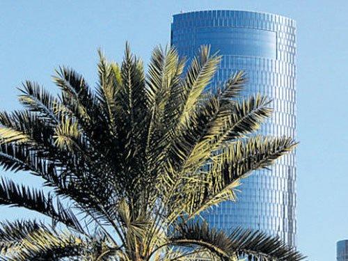 RMZ Corp to buy Essar's biz park