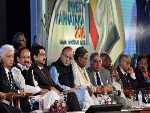 IT czars Murthy, Premji ask govt to fix City's poor infrastructure