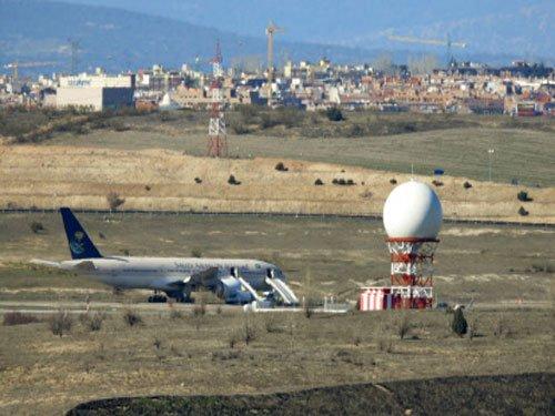 Alert on flight to Riyadh, passengers evacuated in Madrid
